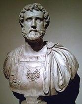 Antoninus Pius (Museo del Prado) 01.jpg