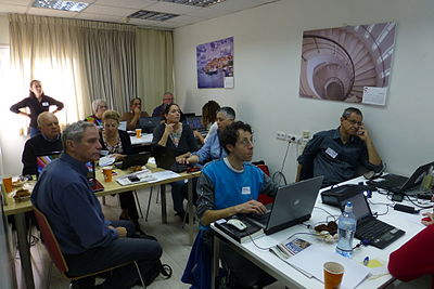 Archivists course on Wikimedia projects 15.4 2015 (10).JPG