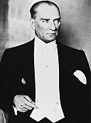 Mustafa Kemal Atatürk, a török függetlenségi háború hőse