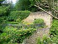 Auvers-sur-Oise (95), maison du Dr Gachet, terrasse à gauche du jardin.jpg