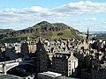 Az Artúr Széke mindenhonnan lenyűgöző látvány (The Arthur's Seat looks impressive from anywhere) - panoramio.jpg
