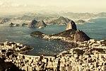 Baía de Guanabara vista do alto do Corcovado.jpg