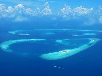 Desert island - Image: Baa atoll islands
