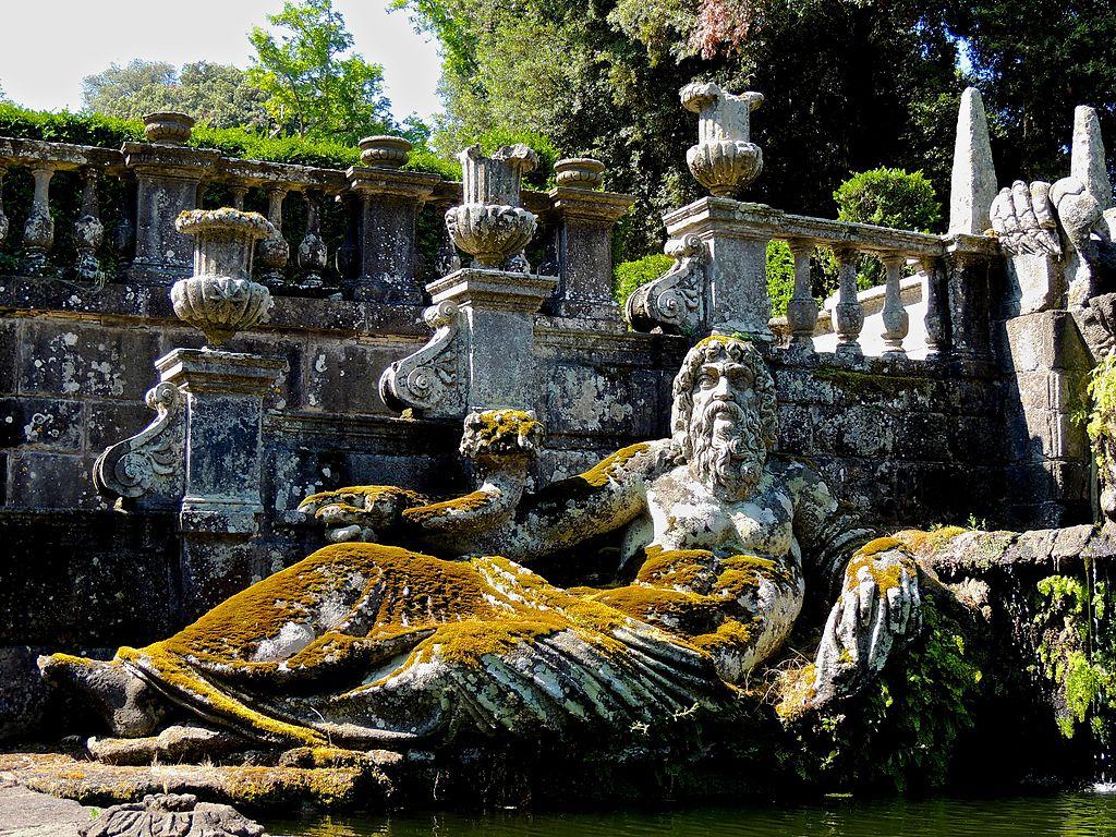 Fontana dei Giganti, Villa Lante, Bagnaia