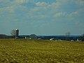 Barn and a Silo - panoramio (15).jpg
