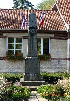 Bassoles-Aulers - Bassoles-Aulers War Memorial