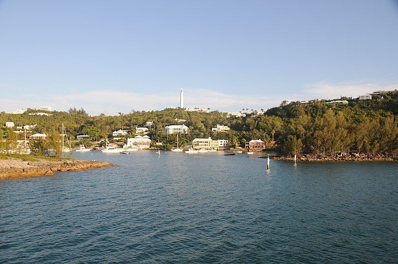 File:Bermuda - entry to Riddell's Bay - panoramio.jpg