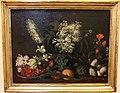 Bernardo strozzi (ambito), natura morta con fragole, fiori di sambuco, gigli, carciofi e cipolle, 1650-1700 ca. 0.JPG