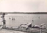 Boating at Lake Macquarie (3527203972).jpg