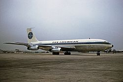 Boeing 707-121, Pan Am JP6888703.jpg