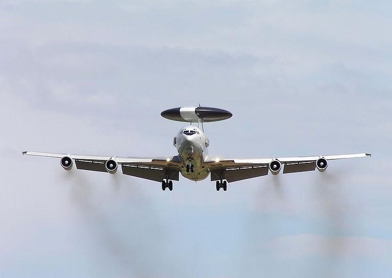 Deutsche AWACS Flieger Gegen Russen Und Kurden