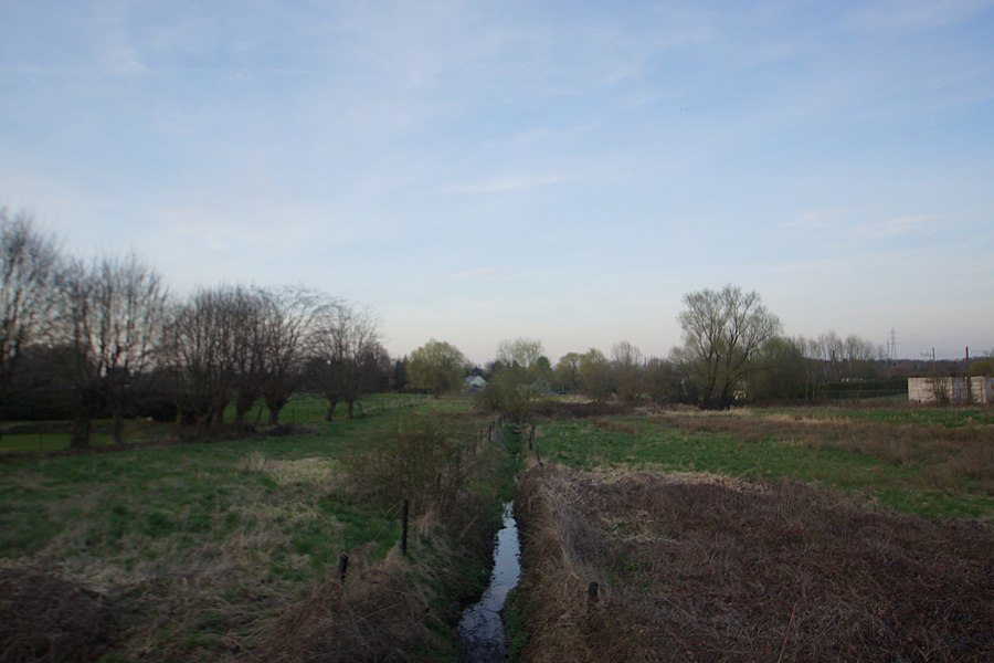 Bois-d'Haine,  Belgium: The River Rau de Balasse at the Rue Louise Lateau