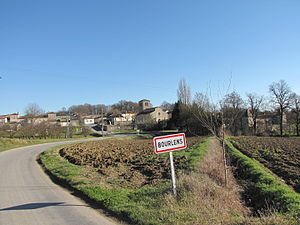 Bourlens - The road into Bourlens