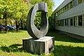 Bronzeplastik Grand Astre 1⁄3 (André Ramseyer 1966) 09.jpg