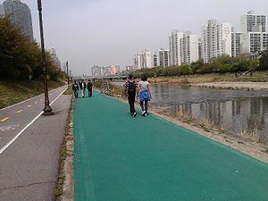 Bundang - Image: Bundang Tan Cheon Stream