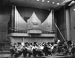 Momente - Großer Sendesaal of the WDR in 1954, where the first version was premiered