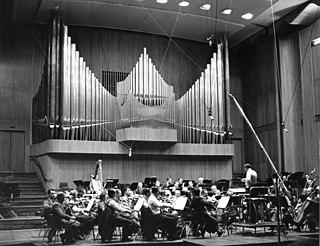 <i>Momente</i> Musical work by Karlheinz Stockhausen