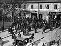 Bundesarchiv Bild 146-1985-010-10, Oppeln, Erwartung der Wahlergebnisse.jpg