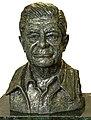 Busto Miguel León-Portilla.jpg