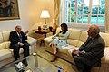 CFK y Taiana con Enrique V. Iglesias.jpg