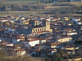 Champdieu - The church and surrounding buildings in Champdieu