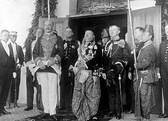 Dirk Fock - Fock as Governor-General of the Dutch East Indies, with Pakubuwono X