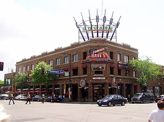 Uptown, Minneapolis - Calhoun Square, the center of the District since the 1980s, sits at the southeast corner of Lake Street and Hennepin Avenue.