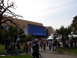 Cannes 2005 Palace.jpg