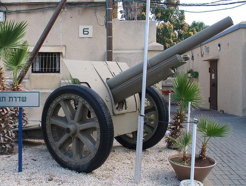 الحرب ال - الحرب العالميه الاولى 795px-Canon-de-105-mle-1913-Schneider-2