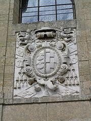 Capilla de Cerralbo. Escudo de su fundador (Francisco Pacheco y Toledo).jpg