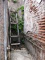 Cementerio de la Recoleta ladder.jpg