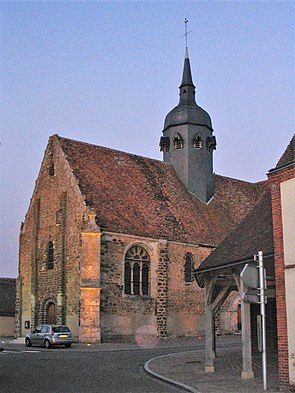 Châtillon-en-Dunois - Church.JPG