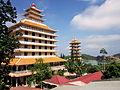 Chính điện chùa Vạn Linh.jpg