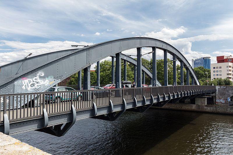 Datei:Charlottenbrücke 20160712 19.jpg