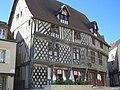 Chartres - maison du Saumon (02).jpg
