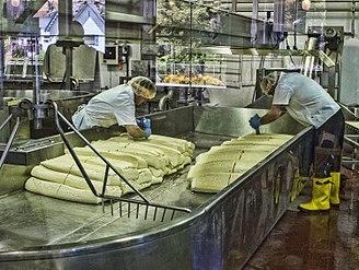Bandon, Oregon - Cheesemaking at the Face Rock Creamery, Bandon
