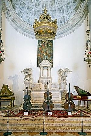 San Maurizio, Venice - Image: Chiesa di San Maurizio Venezia Altare maggiore
