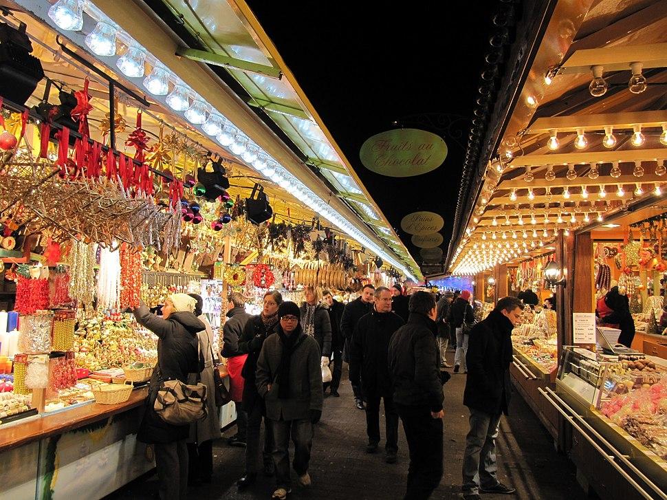 Christmas market, Strasbourg (5226804625)