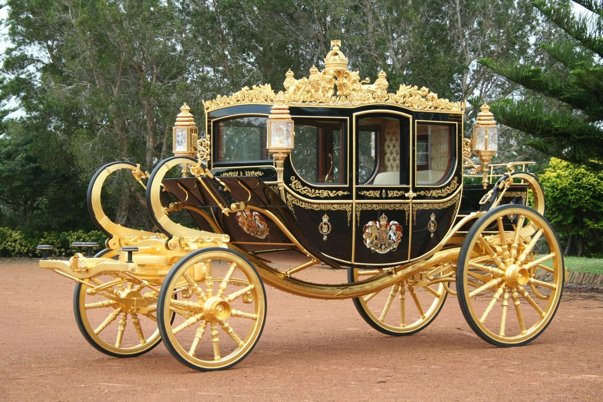 Diamond jubilee state coach wikipedia for Chaise carriage