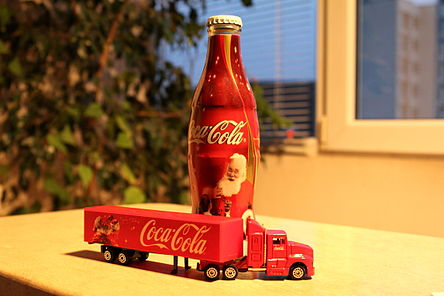 Coca cola x-mas truck and bottle.JPG