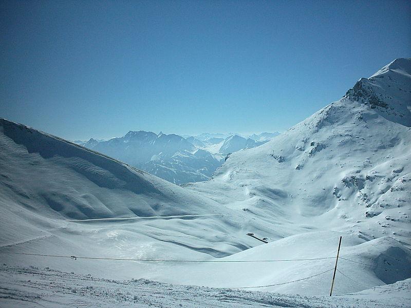 ski hire Valfrejus
