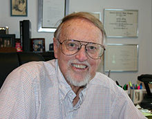 Komponisto Frank Comstock en 2004.jpg