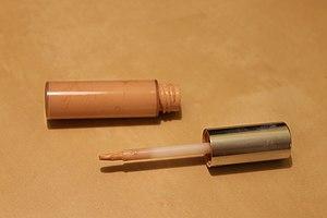 Concealer - Liquid concealer