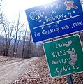 County Line Sign, Giles-bound - panoramio.jpg