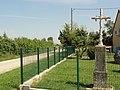 Courgains (Sarthe) croix à La Croix de Courgains.jpg