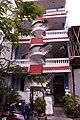 Crazy building (6297747403).jpg