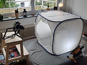 Cubelite light tent.jpg