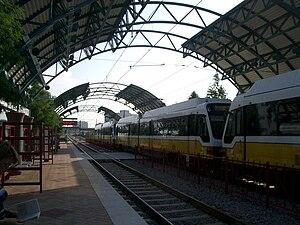Arapaho Center station - North bound train