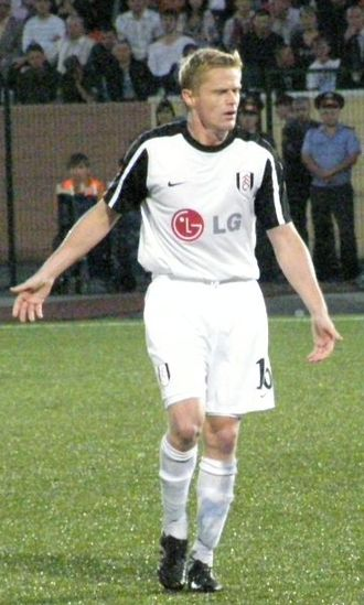 Damien Duff - Duff in action for Fulham in 2009