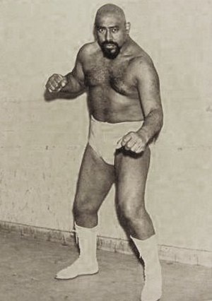 Dakar (actor) - Image: Dakar el peruano titanes en el ring